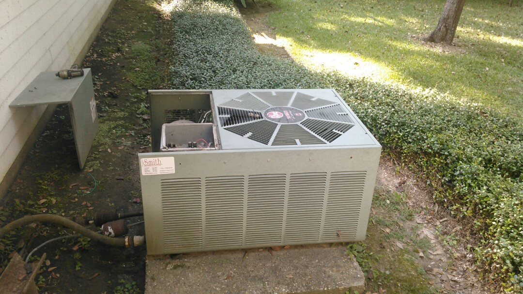 Eunice, LA - Did service call on ruud unit and replace capacitor and cond motor.