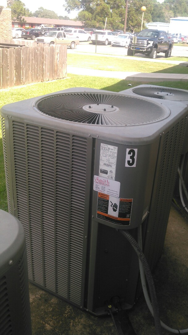 Eunice, LA - Did service call on Lennox unit and added Freon.