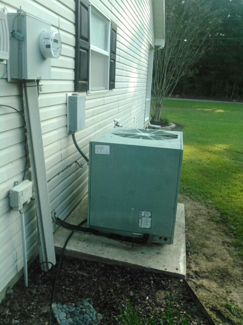 Eunice, LA - Did service call on ruud unit and replace defrost control board.