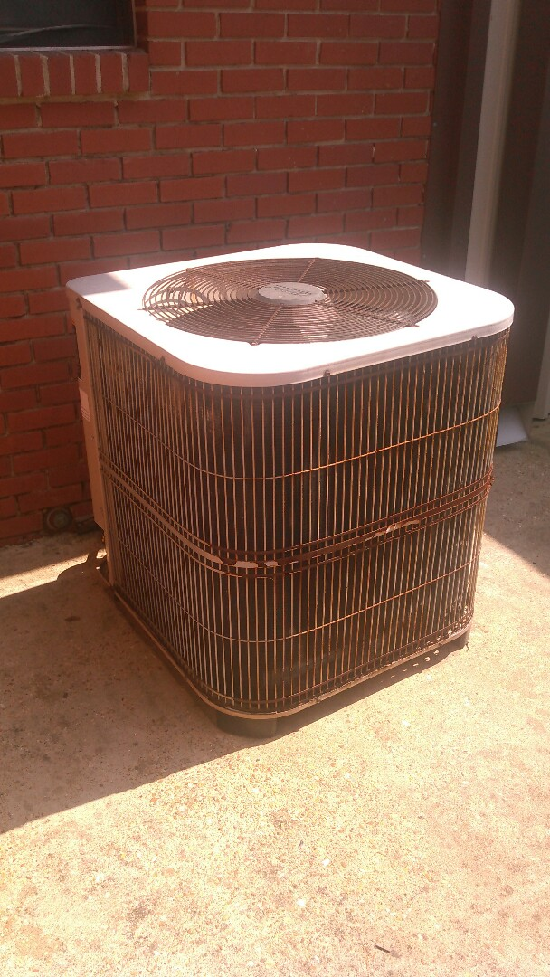 Mamou, LA - Did service call on Lennox heater unit and replace blower motor.