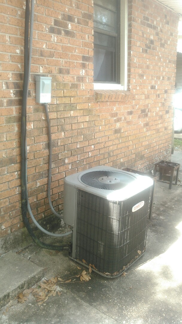 Opelousas, LA - Did service call on Lennox unit and main drain stopped up.