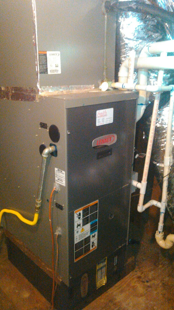 Opelousas, LA - Did heating tune up on Lennox heater unit and replace filter.