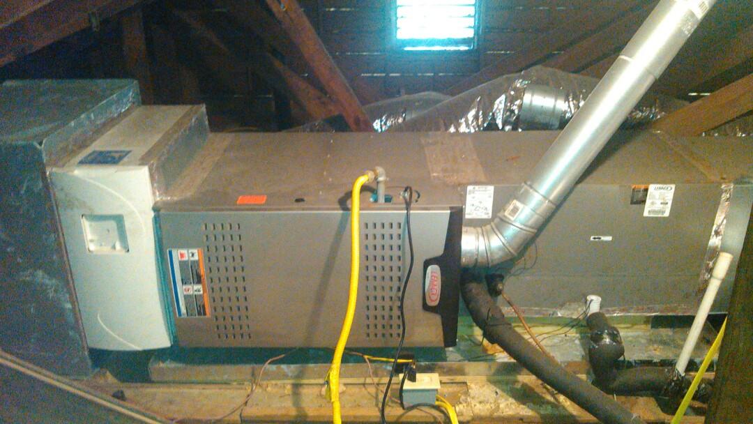 Lafayette, LA - Did heating tune up on Lennox heater.