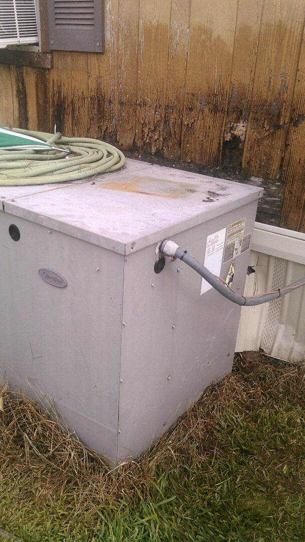 Opelousas, LA - Did service call on package unit and replace thermostat wire.