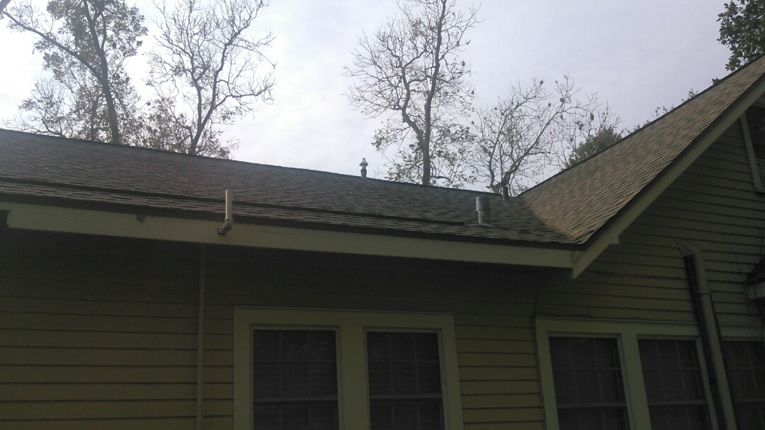 Eunice, LA - Did heating tune up on Lennox heater and replace vent pipe on roof.