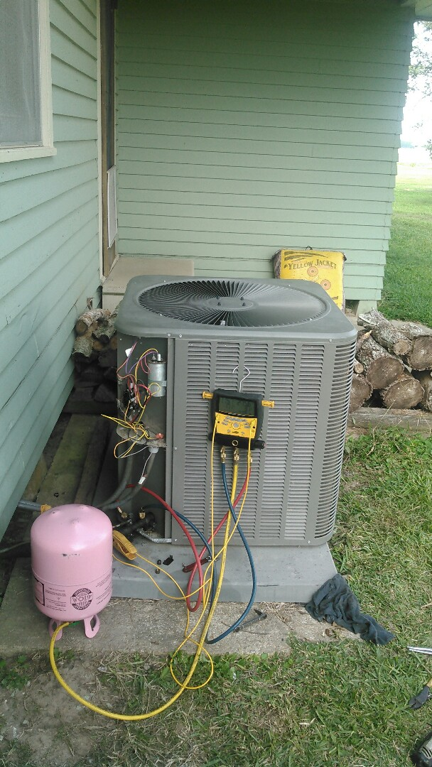 Eunice, LA - Did service call on Lennox unit and repaired Freon leak.