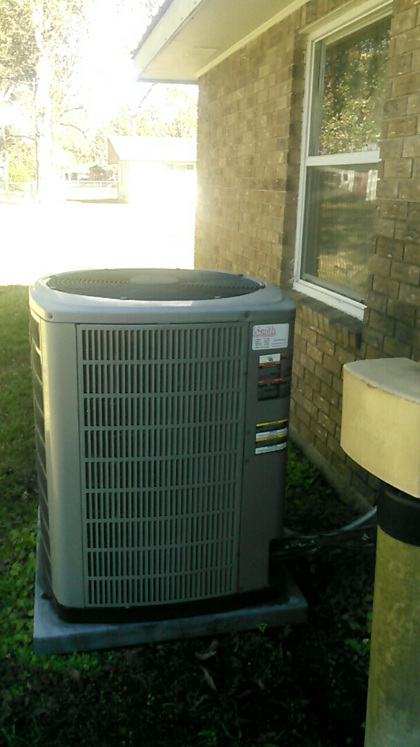 Lafayette, LA - Did Did heating tune up on trand unit and has bad cond motor.