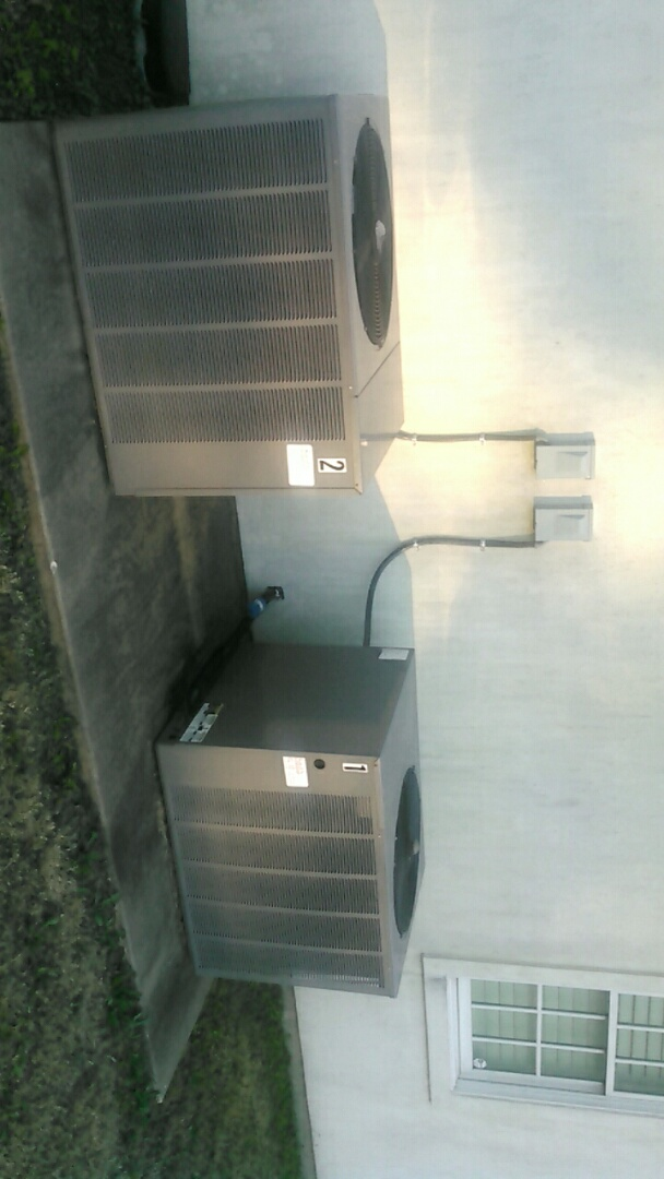 Lafayette, LA - Did service call on ruud heat pump unit and replace added Freon.