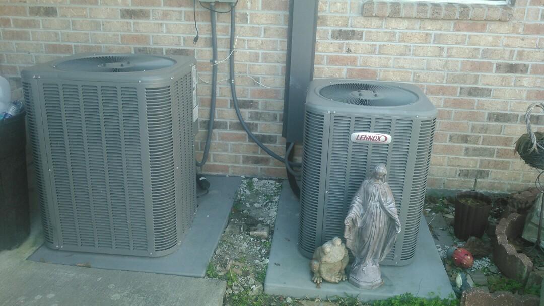 Eunice, LA - Did heating tune up on Lennox heat pump.
