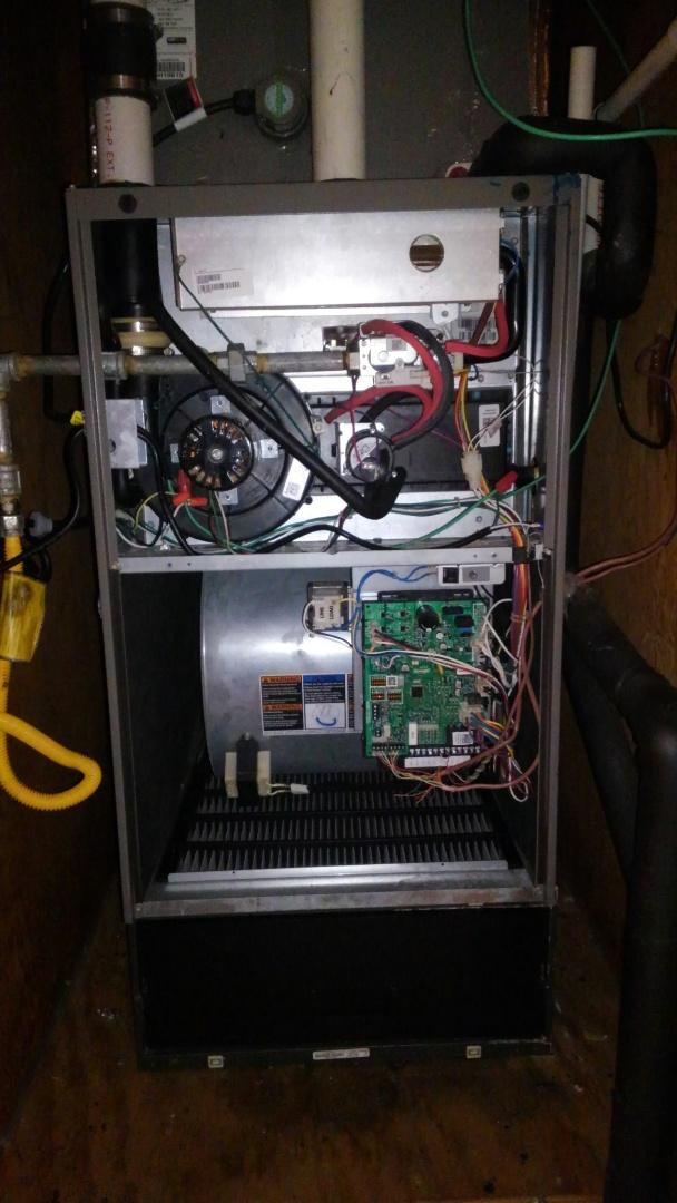 Ville Platte, LA - Preventative maintenance on a Lennox gas furnace.