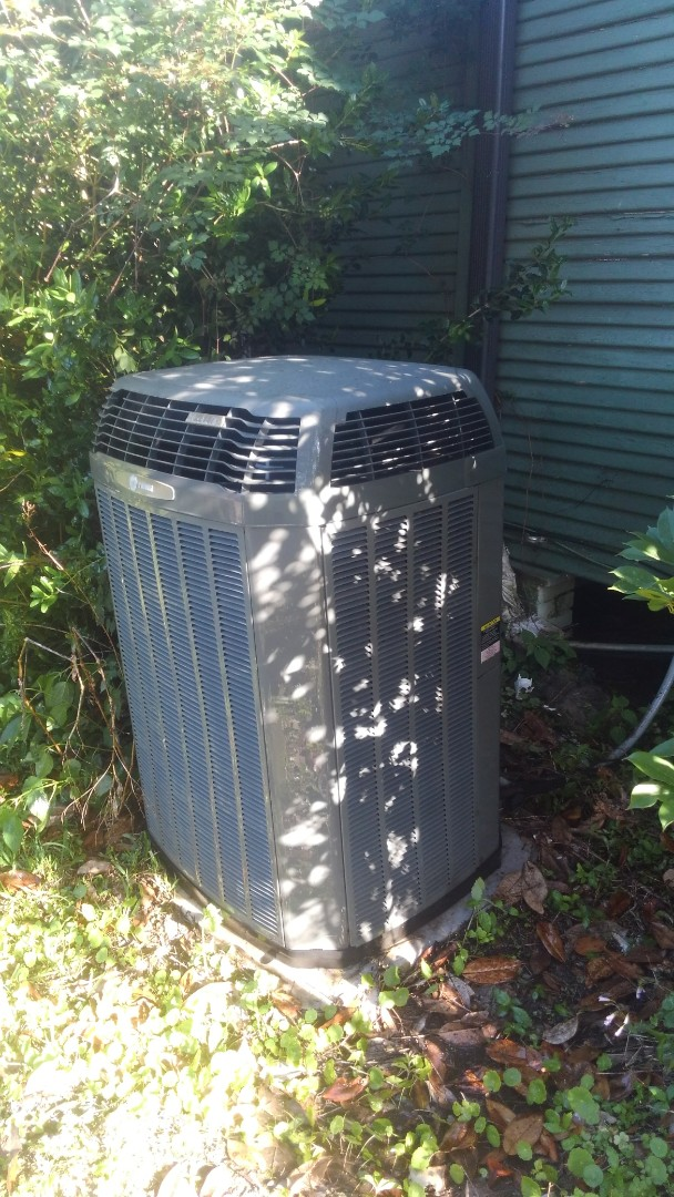 Oberlin, LA - Did cooling tune up on trand system.
