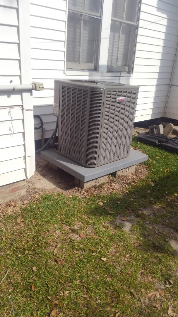 Ville Platte, LA - Did service call on Lennox system and replace filter and adjusted charge.