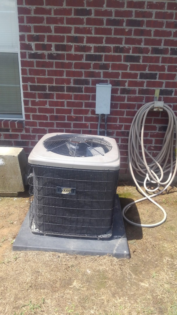 Oakdale, LA - Did service call on luxaire system and added frenon.