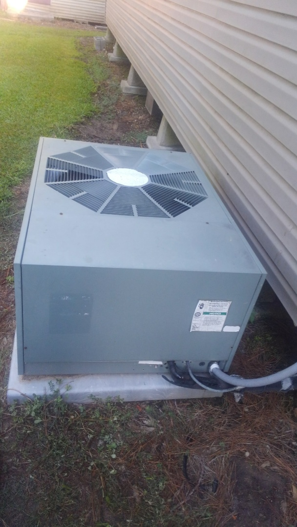 Eunice, LA - Did cooling tune up on ruud system and added frenon.