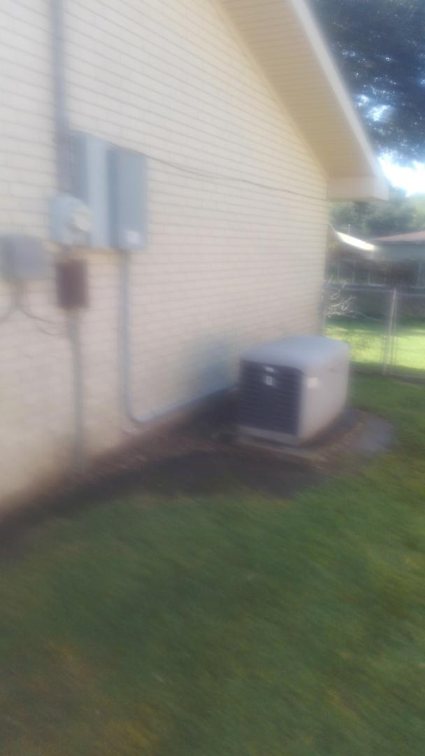 Eunice, LA - Did yearly generator maintenance.