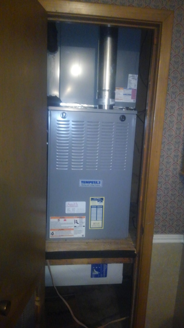 Eunice, LA - Did heating tune up on Tempstar heater and replace filter.
