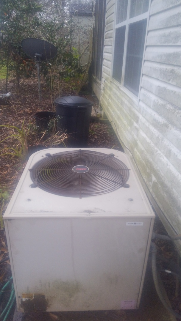 Oberlin, LA - Did heating tune up on Lennox system.