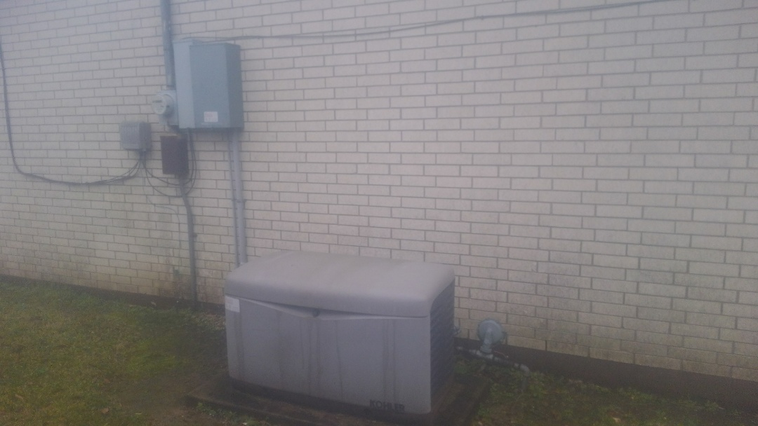 Eunice, LA - Did service call on generator and replace battery.