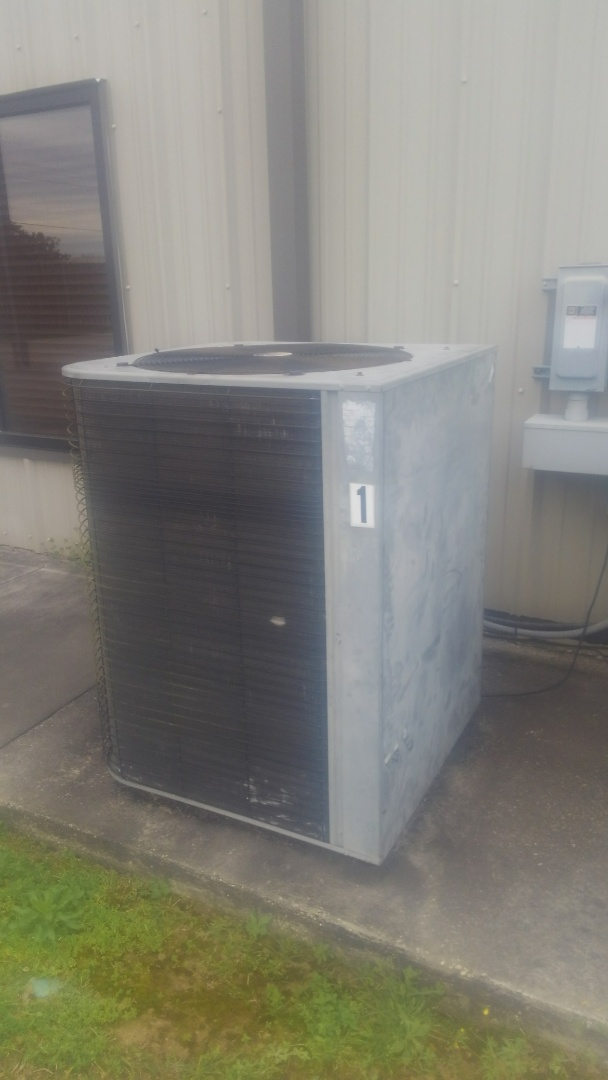 Eunice, LA - Did service call on Lennox system and reset control board.