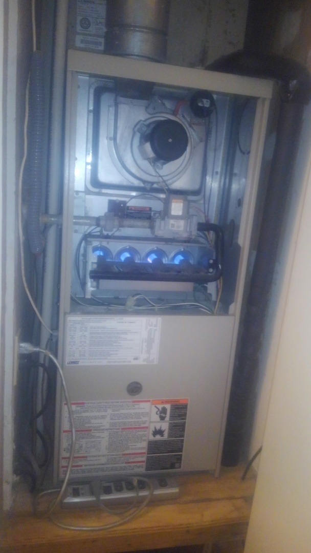 Opelousas, LA - Did service call on Lennox system and replace tstat.