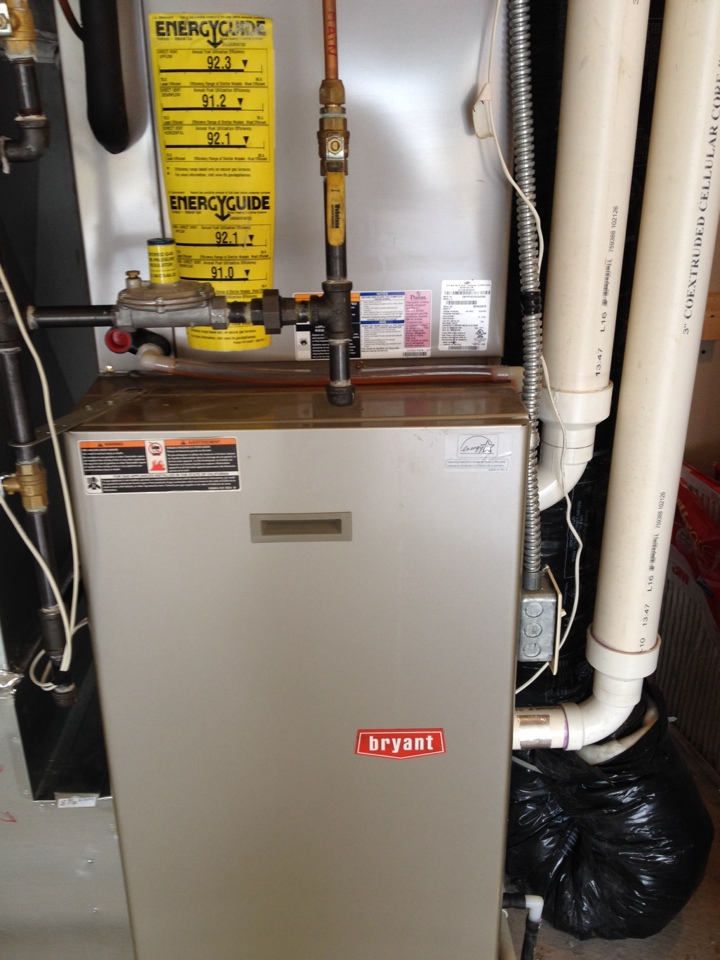 Robbinsdale, MN - Furnace tune up on a Bryant unit