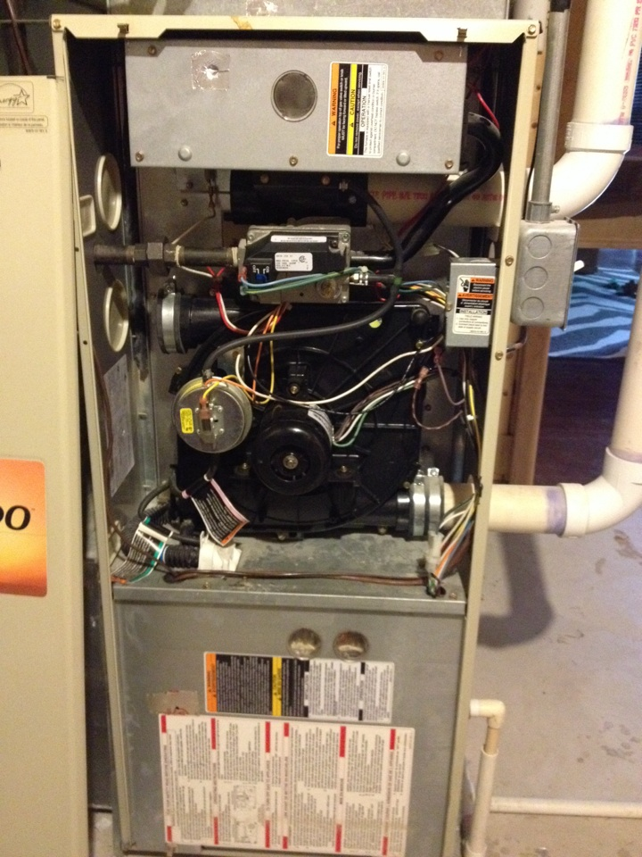 Maple Grove, MN - Tune up on a Bryant furnace.