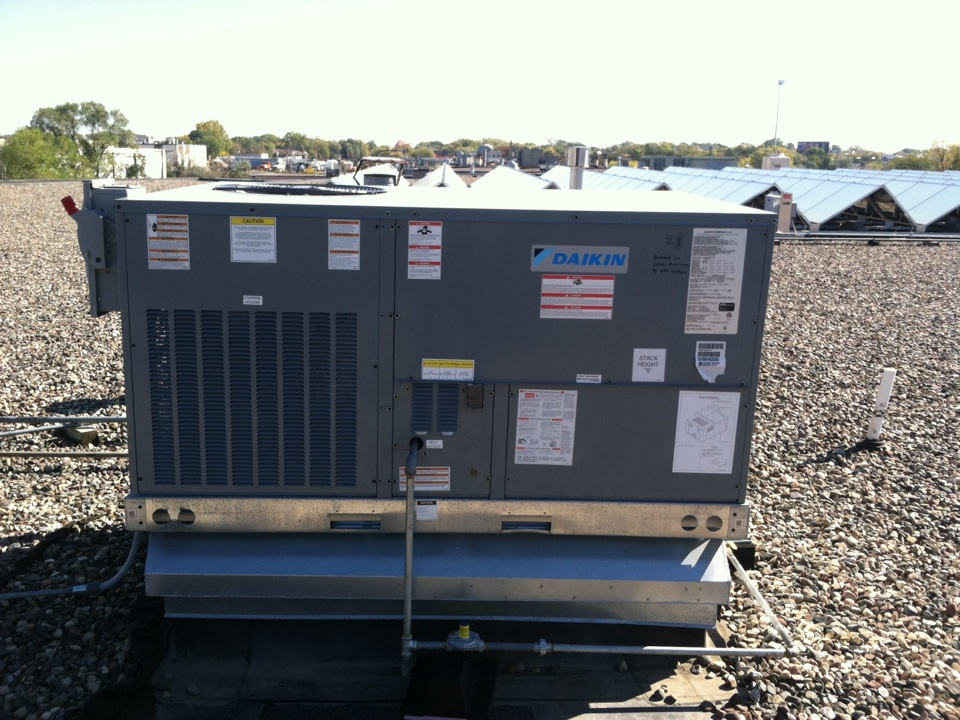 Bloomington, MN - Heating service call on a Daikin rooftop unit