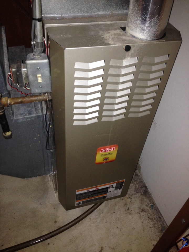 Wayzata, MN - Bryant furnace tune-up