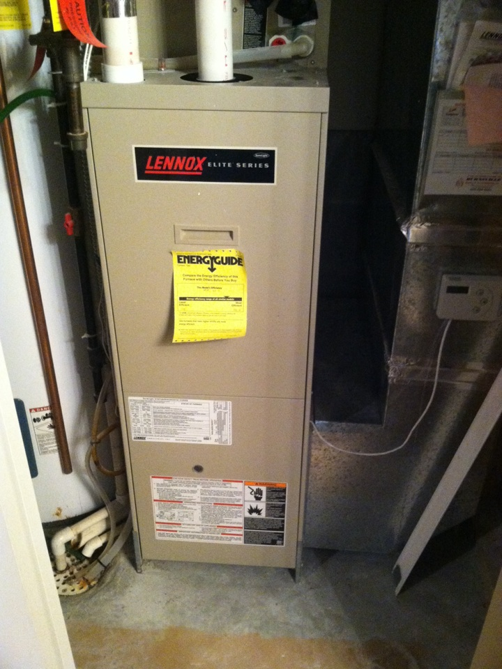 Apple Valley, MN - Service call on a Lennox furnace. Changed dirty filter