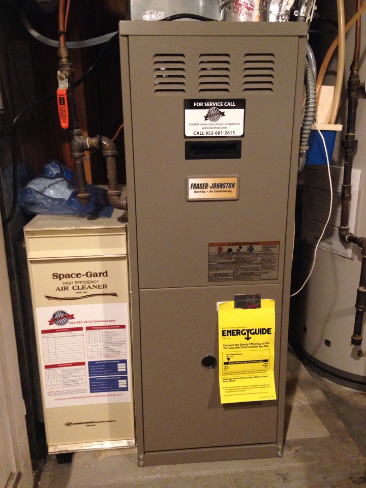 Roseville, MN - Heating tuneup on a Fraser-Johnston furnace.