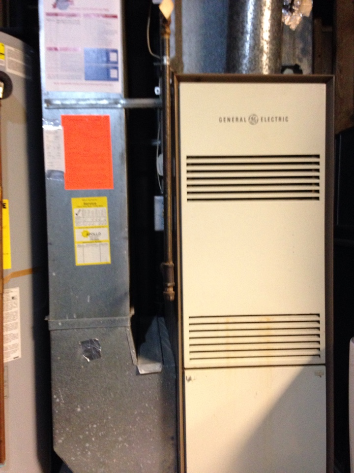 Cottage Grove, MN - GE furnace tune up, replaced thermocouple, cleaned pilot.