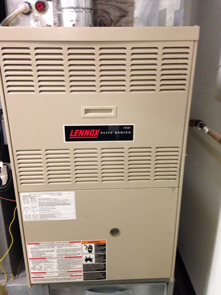 Saint Paul, MN - Tune up on a Lennox furnace, found a cracked heat exchanger.