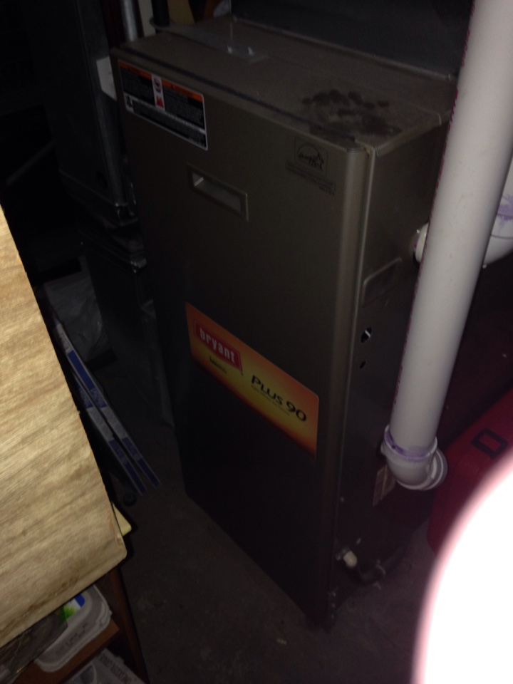 Saint Paul, MN - Heating Maintenance, Safety Check and Tuneup on a Bryant 90% high efficient furnace.