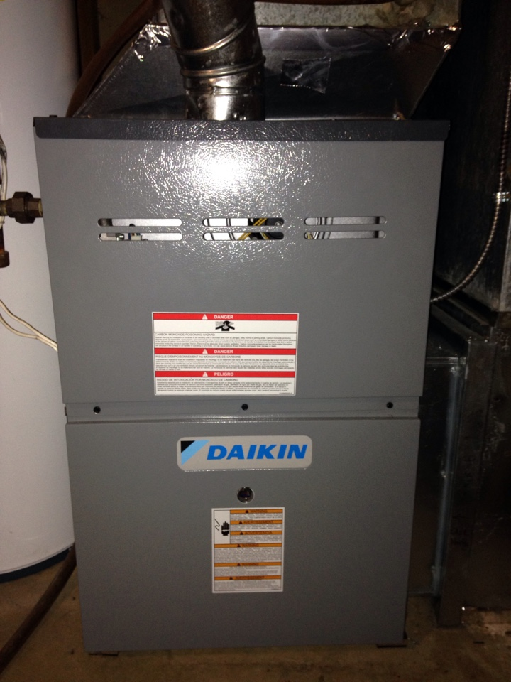 Corcoran, MN - Tune up on a Daikin furnace.
