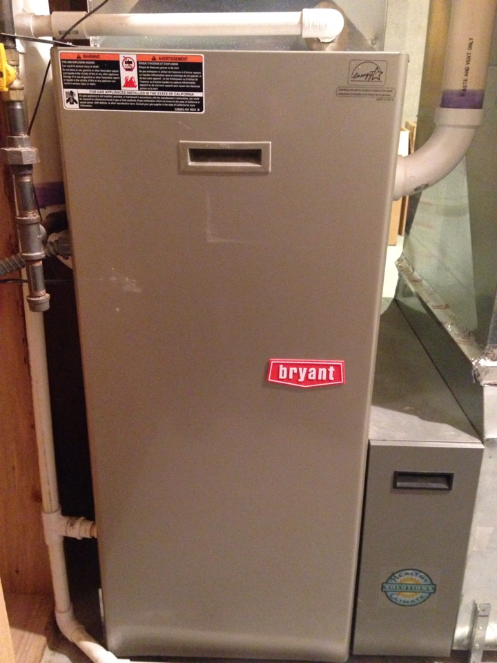 Maple Grove, MN - Maintenance on a Bryant furnace.