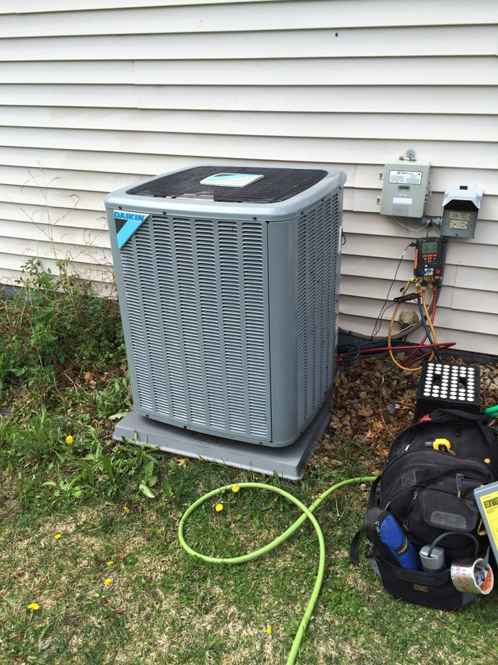 Big Lake, MN - 16 seer r410a daiken Spring Ac maintenance cleaning condenser coil