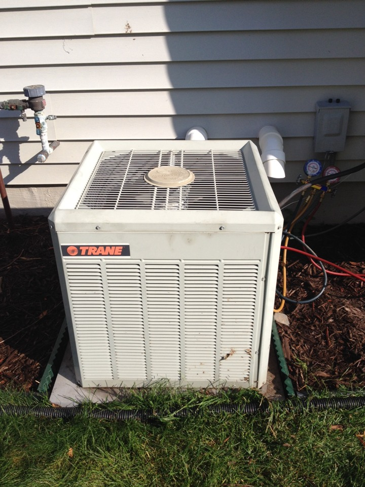Maple Grove, MN - Tune up on a Trane ac and furnace