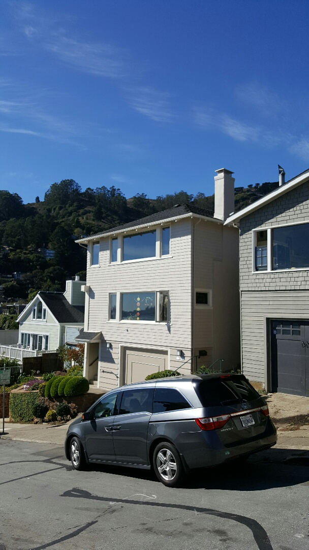 Mill Valley, CA - New GAF HD Timberline roof Charcoal new cedar side wall