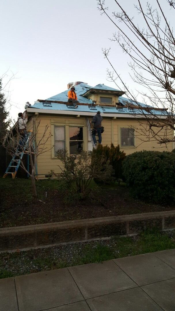 Petaluma, CA - New roof GAF new gutters Timberline shingles synthetic underlayment