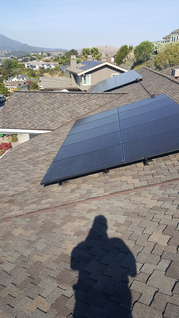 Tiburon, CA - New presidential TL Autumn blend roof with CertainTeed Diamond deck underlayment Mountain Ridge ridge cap and new solar from NorCal Solar Company makes this Tiburon home a real Beauty