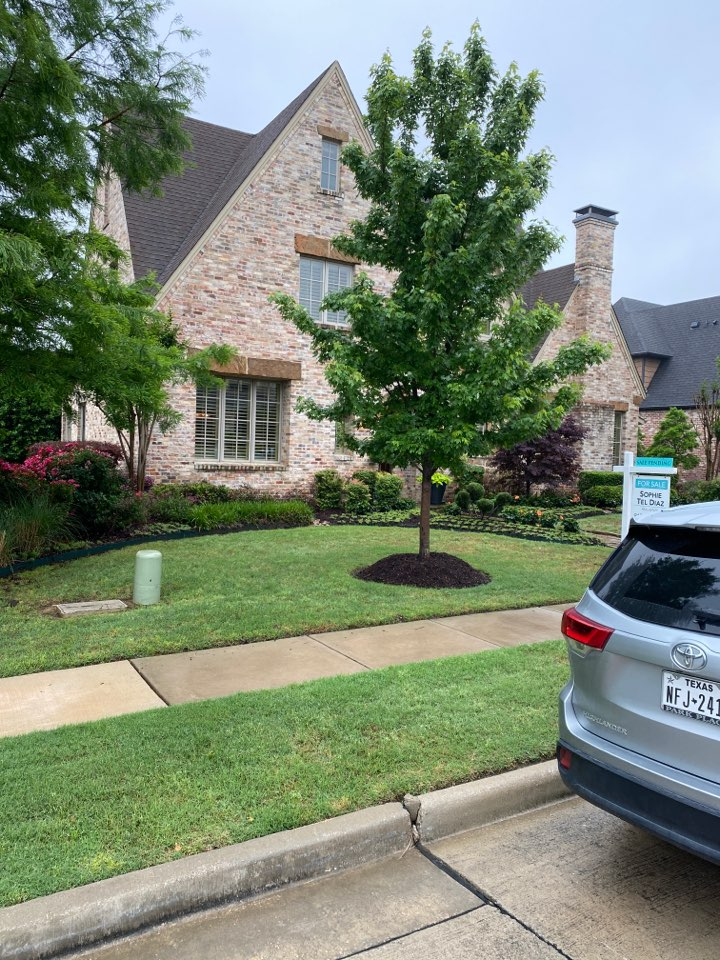 Colleyville, TX - Beautiful home… One of the services we offer is free inspections… So we did a walk around and looked at this roof and let the owner know if there was any amount of risk for them to purchase the house