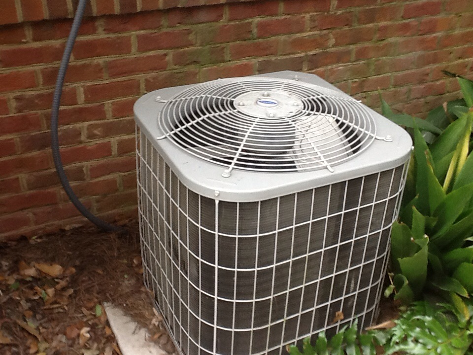Tallahassee, FL - Repaired a Carrier air conditioner in Tallahassee Florida by Bensons HVAC