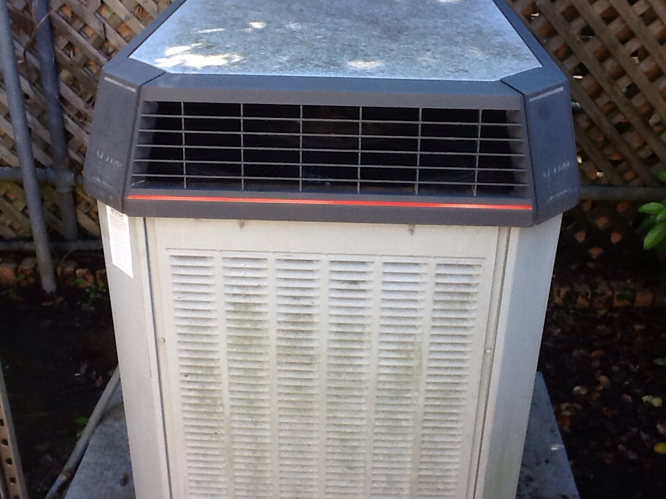Tallahassee, FL - Repaired a Trane airconditioner in Tallahassee Florida by Bensons HVAC
