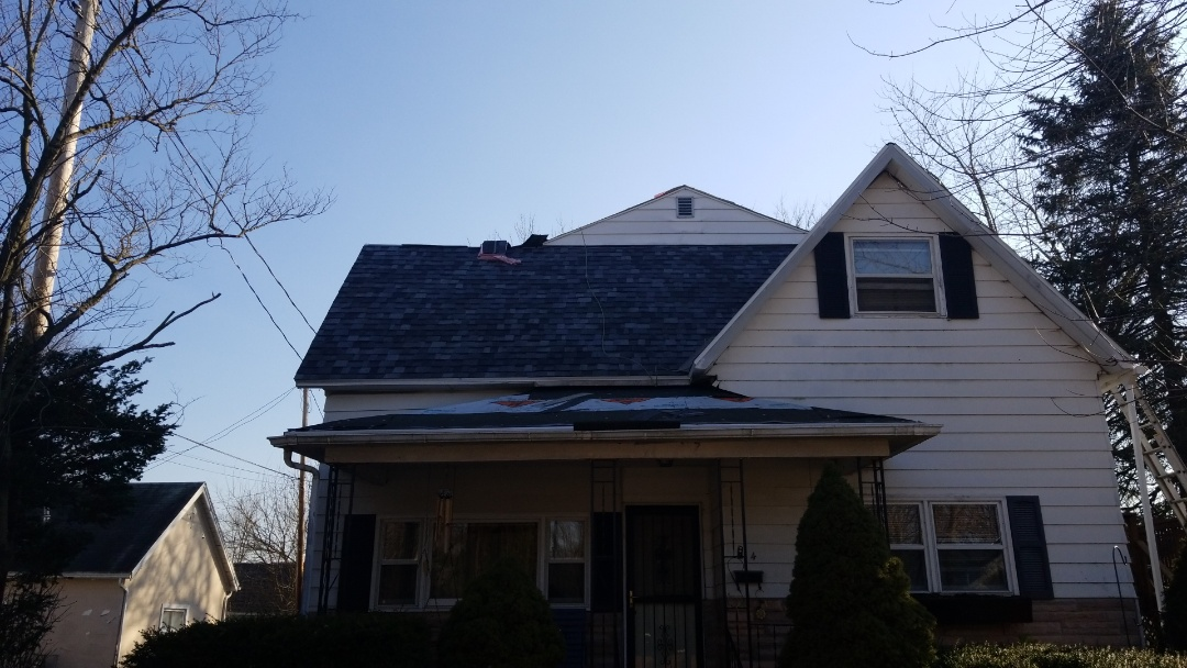 Another roof in the books!  #Freemanexteriors