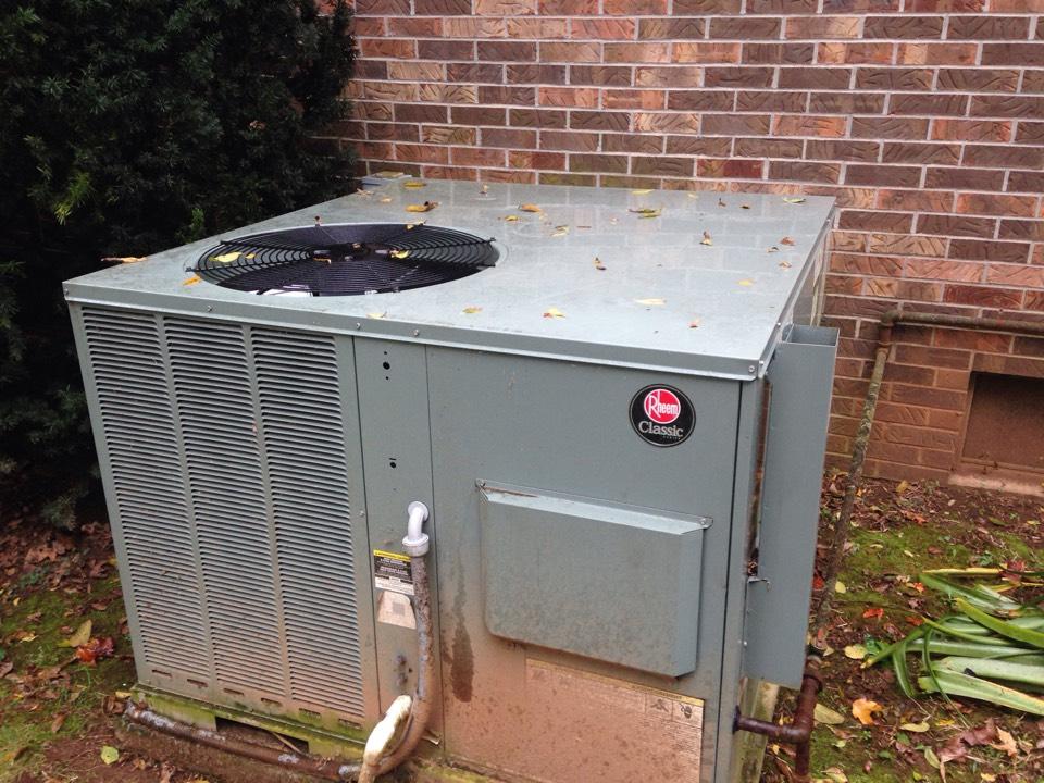 Lawrenceburg, TN - Heating Repair on Rheem Gas Package unit