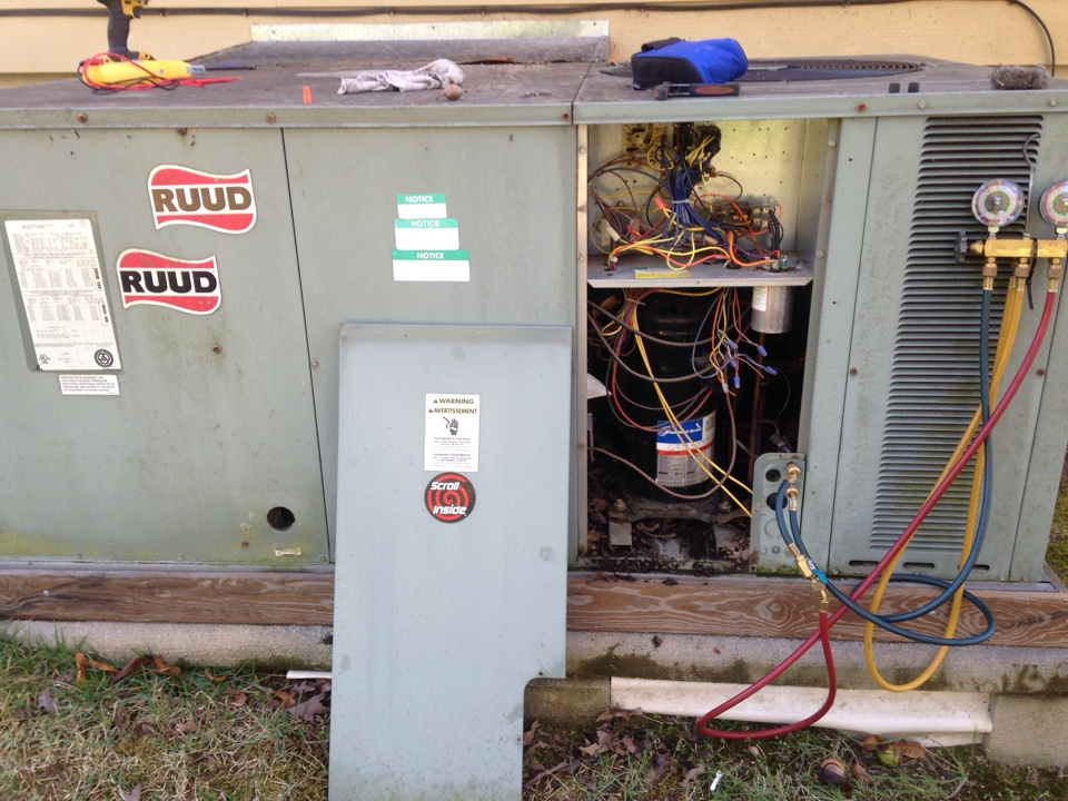 Haleyville, AL - ESA on package heat pump