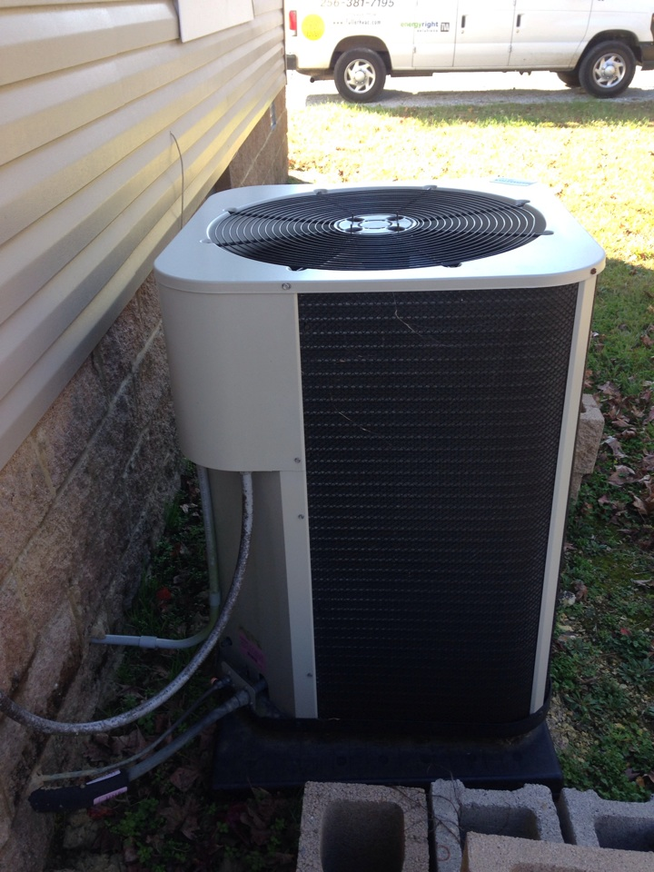 Lawrenceburg, TN - Heating tune up, commercial service on Gibson split heat pump