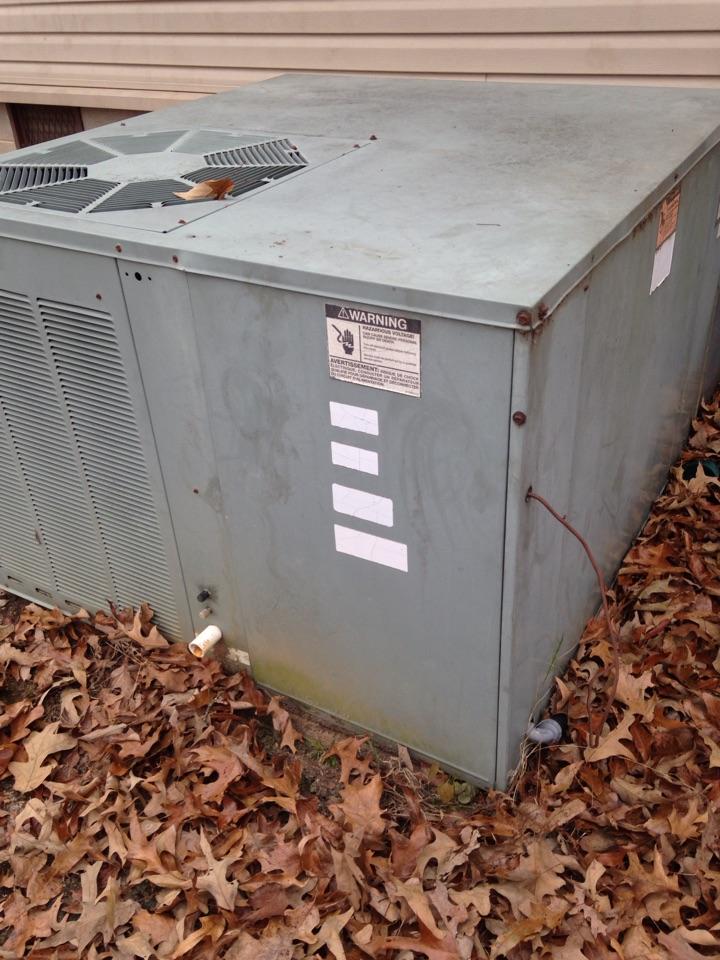 Loretto, TN - Perform heat check