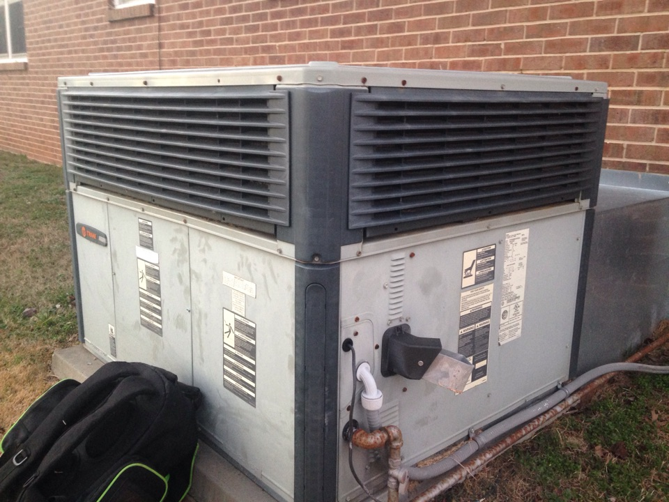 Lawrenceburg, TN - Replaced blower motor assembly on a Trane package gas system