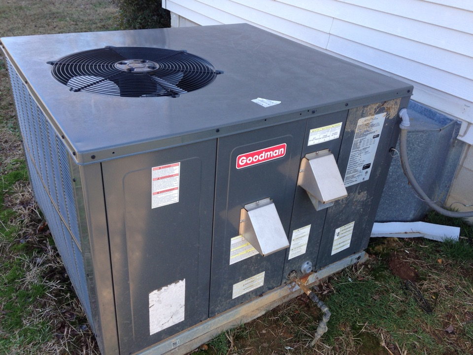 Rogersville, AL - Replacing inducer motor on a Goodman gas package unit